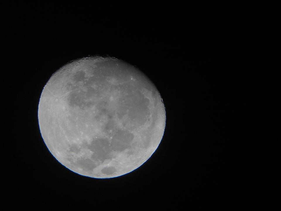 Lune 4 prise à Eguson